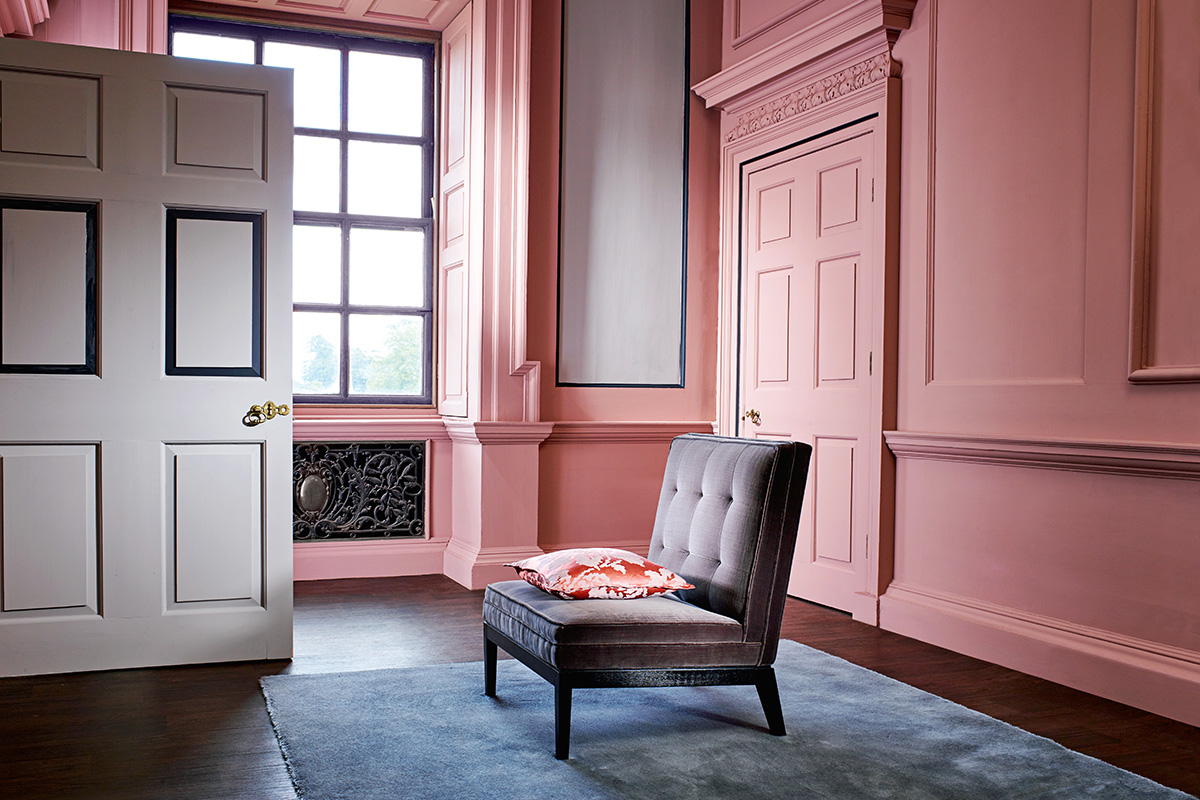 Zoffany_2017_Alchemyofcolour_Paint_Tuscan-Pink_45_HR